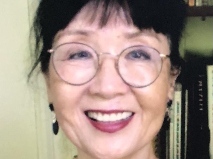 Ikuko Acosta